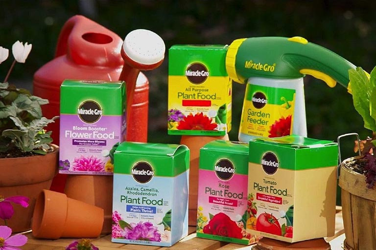 Miracle-Gro Fertilizer Products
