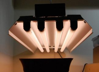 Flourescent Grow Light